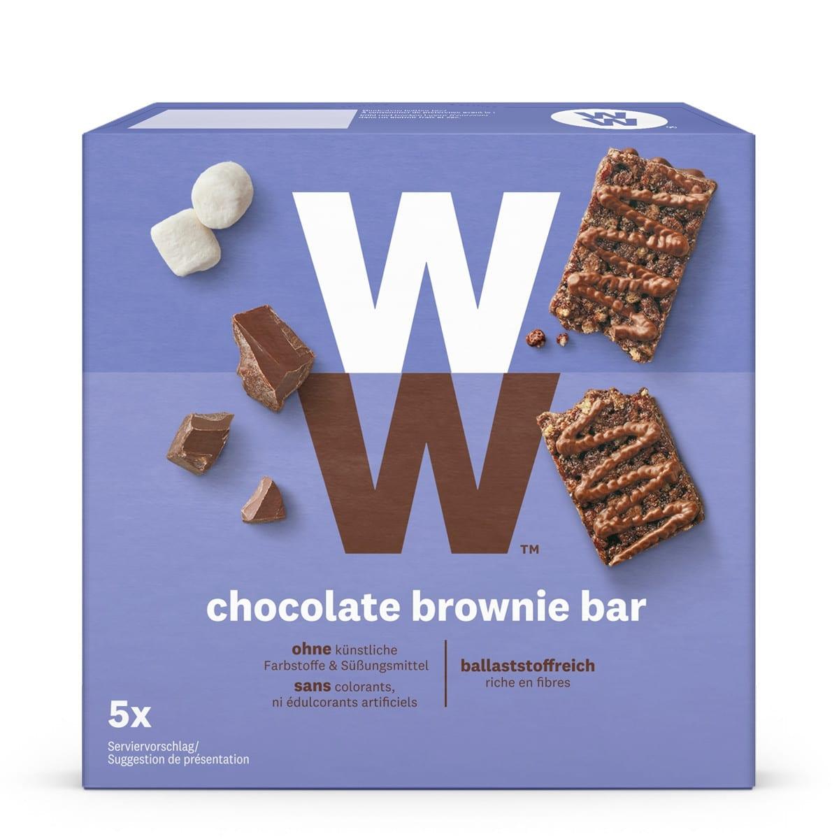 Een verpakking met 5 Chocolate Brownie Bars van WW met chocolade, stukjes marshmallow en karamel