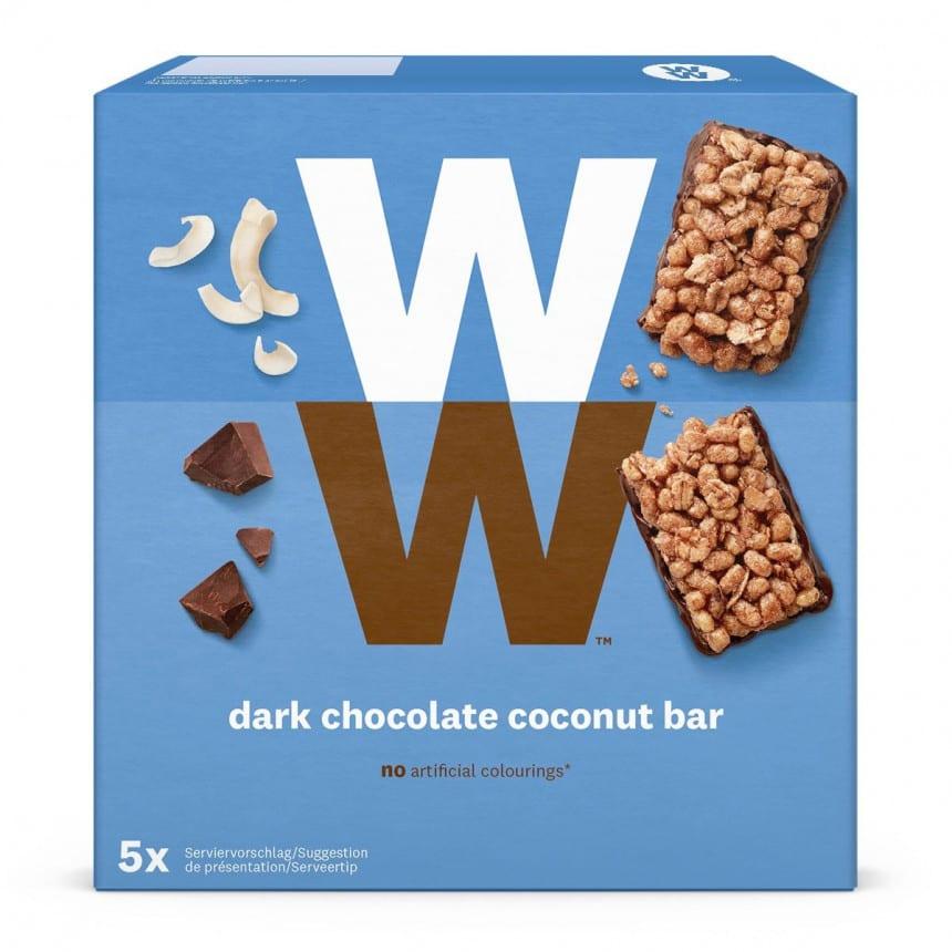 VEen verpakking van 5 mueslirepen van WW met pure chocolade en kokosvlokken