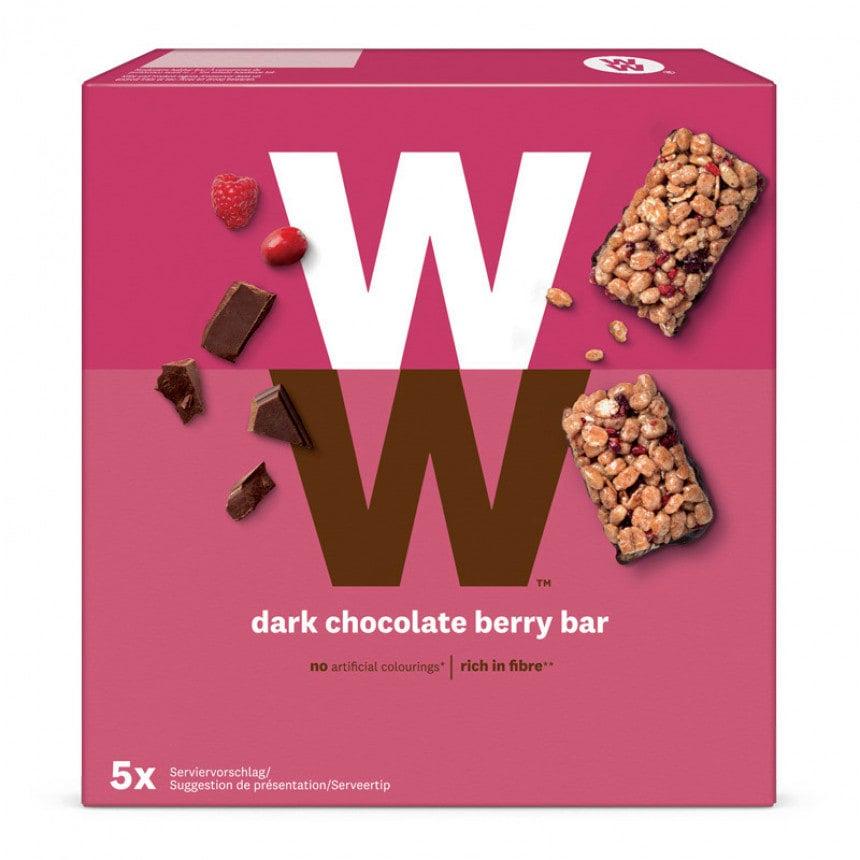 Een verpakking van 5 Mueslirepen van WW met Pure Chocolade en Rood Fruit